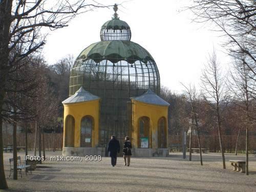 Schlosspark Schönbrunn Volière für Tauben