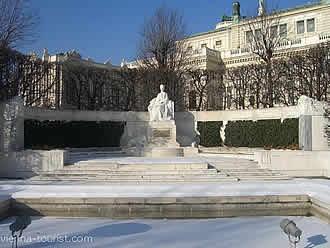 Kaiserin Sisi Denkmal Wien Volksgarten